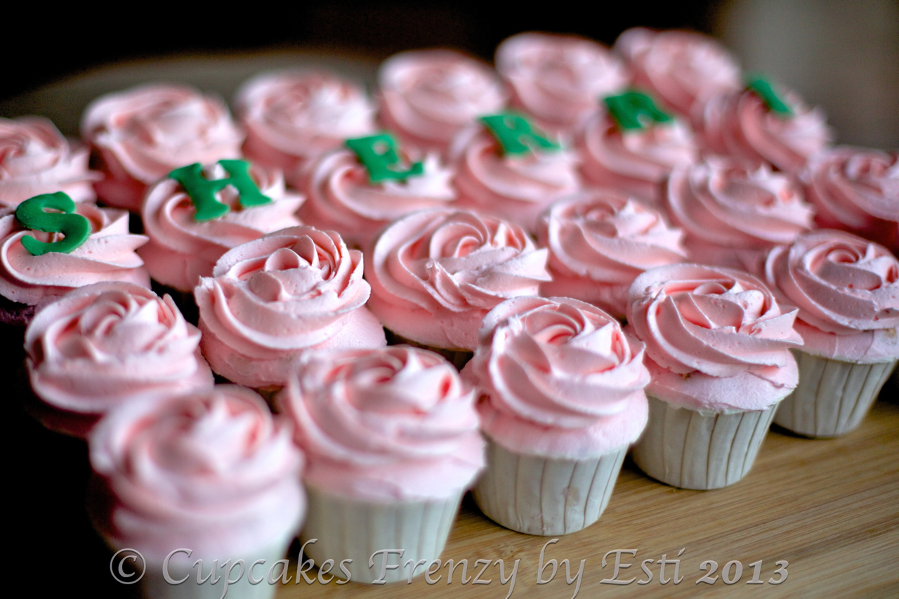 Mini Pink Roses Cupcakes Frenzy