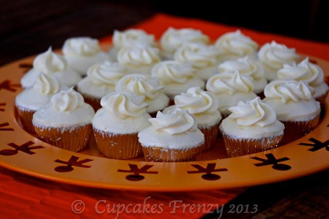 © Esti 2013_mini cupcakes