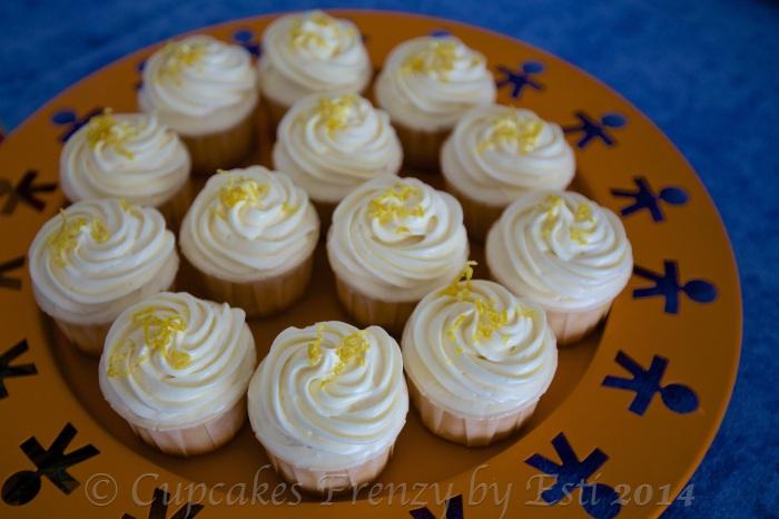 © Esti 2014 lemon cupcake