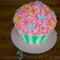 Giant Rose Cupcakes