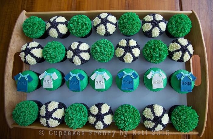football cupcake 1