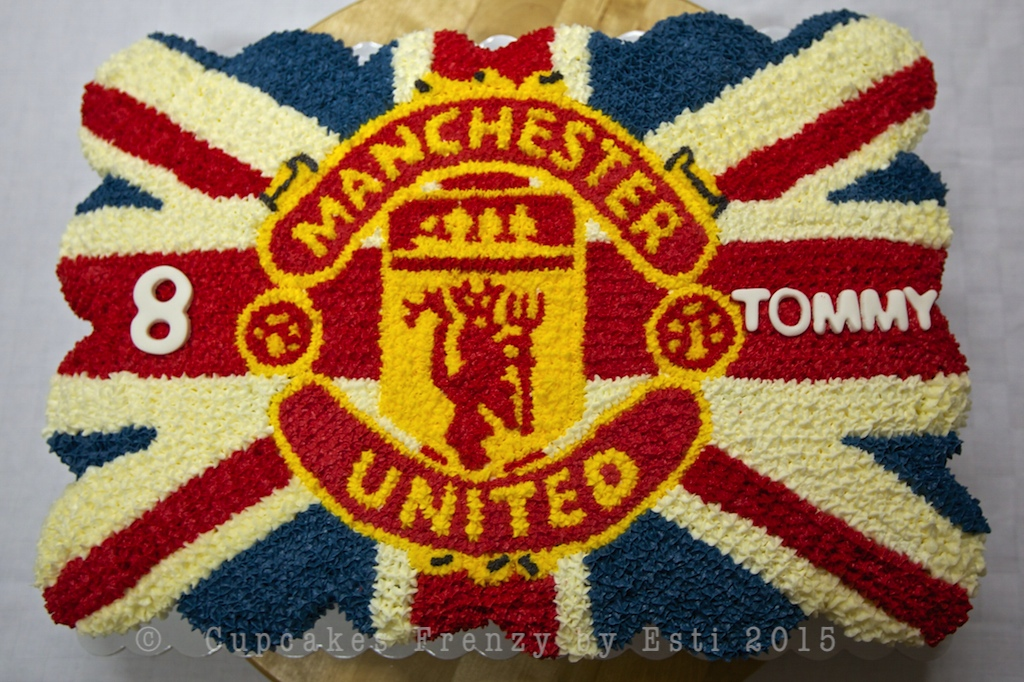 12+ Manchester United Cake Buttercream