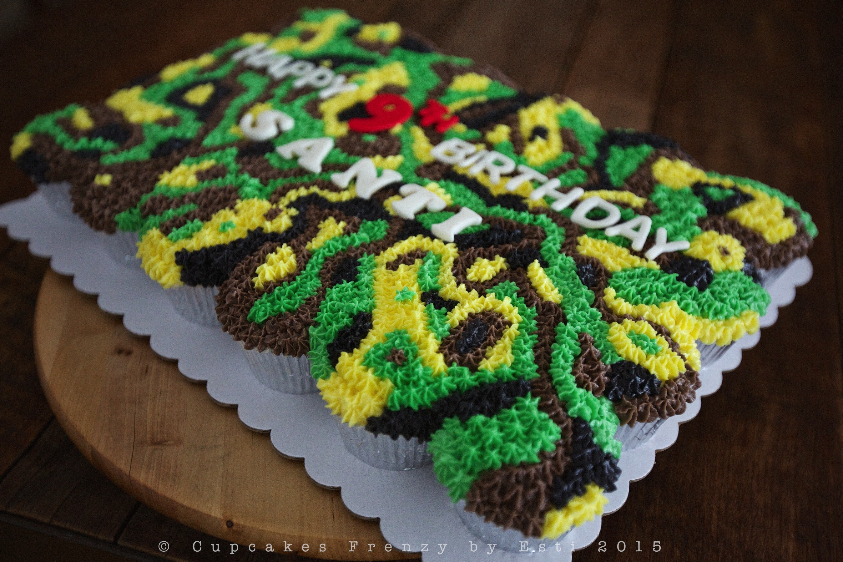 Camouflage   Cupcakes Frenzy Scratch Art Roses