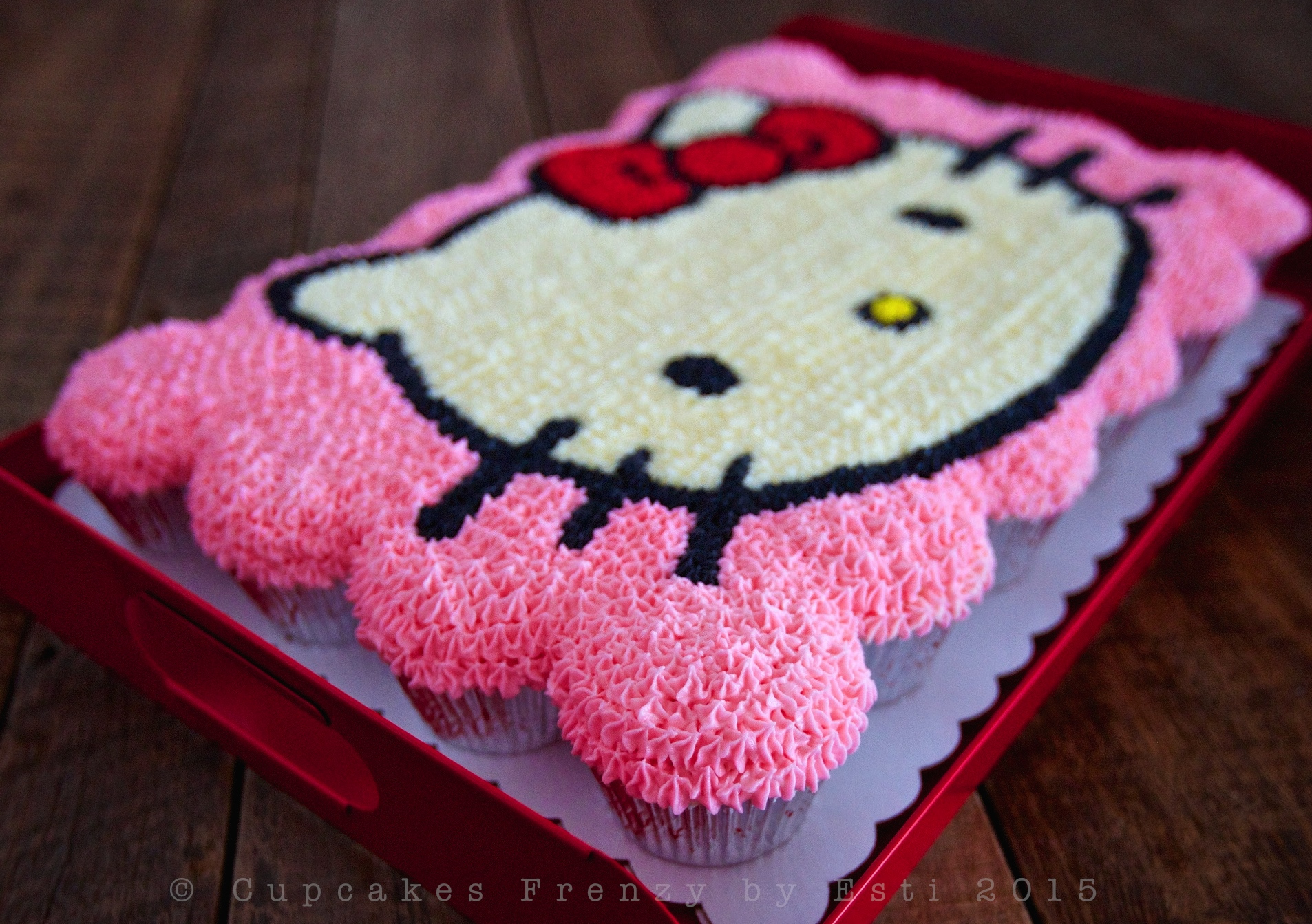 Hello Kitty Cupcakes Frenzy