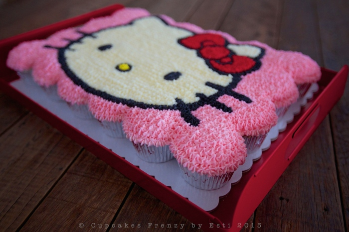 Hello Kitty right side