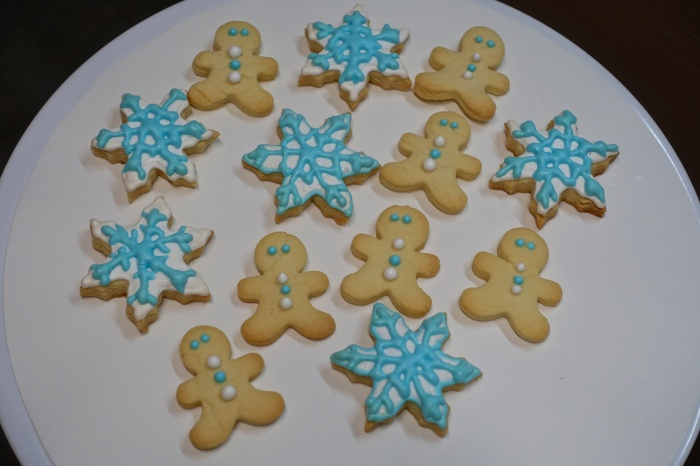xmas-cookies-light-blue