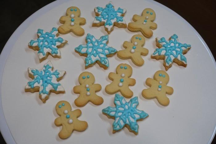 xmas-cookies-light-blue